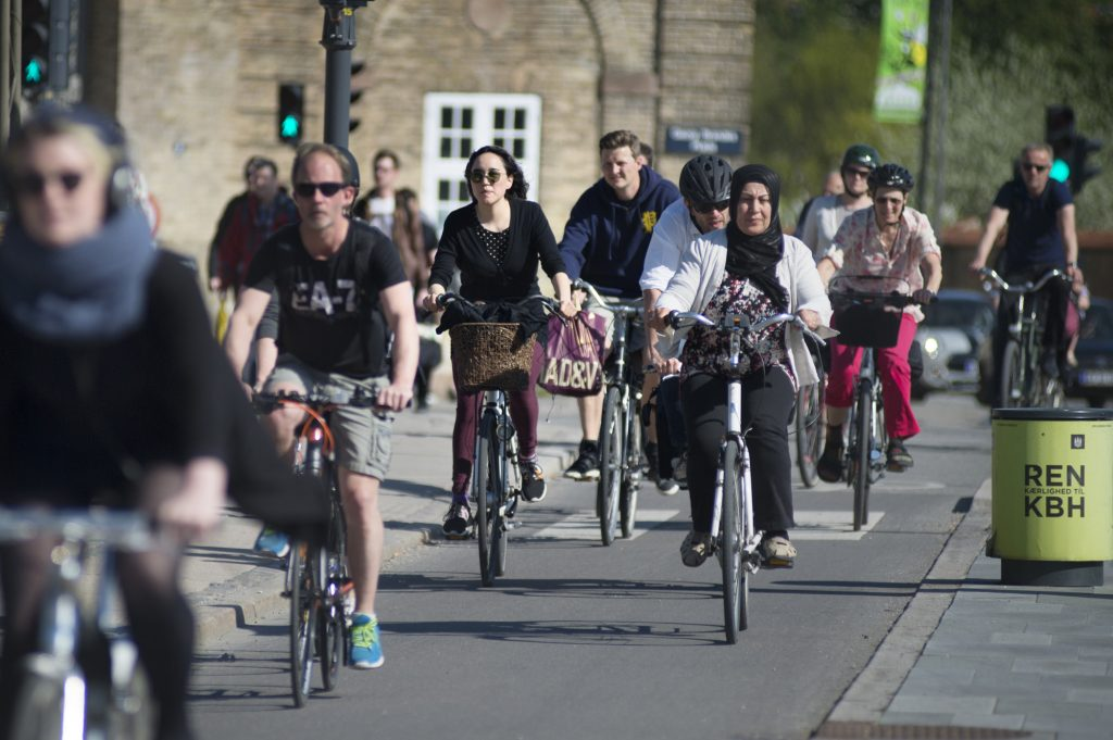 Experience Danish bicycle culture and cycling solutions on a guided bike tour with Cycling Embassy of Denmark.